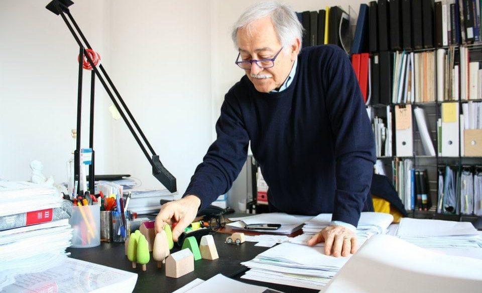 """""""All'Aquila non è solo questione di parcheggi"""", intervista al Prof. Properzi"""